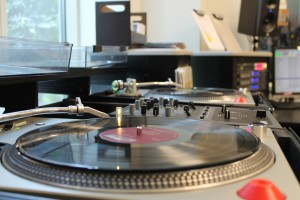 Vinyl spinning at WLUW in July 2012 (Photo: J. Waits)