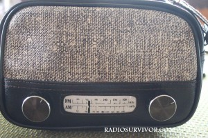 Radio purse