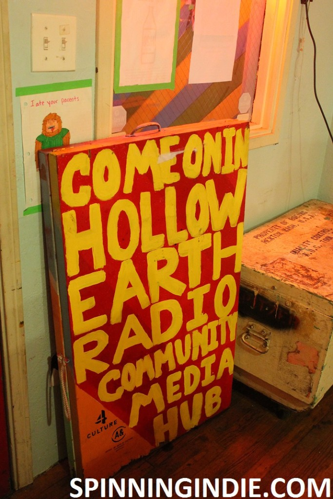 Hollow Earth Radio sign