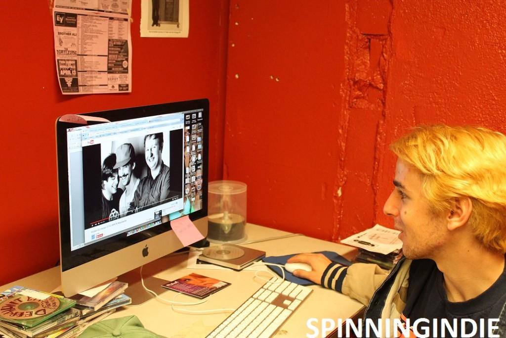 Alex Edelman in WMCN office. Photo: J. Waits