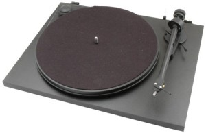 Pro-ject Essentail turntable