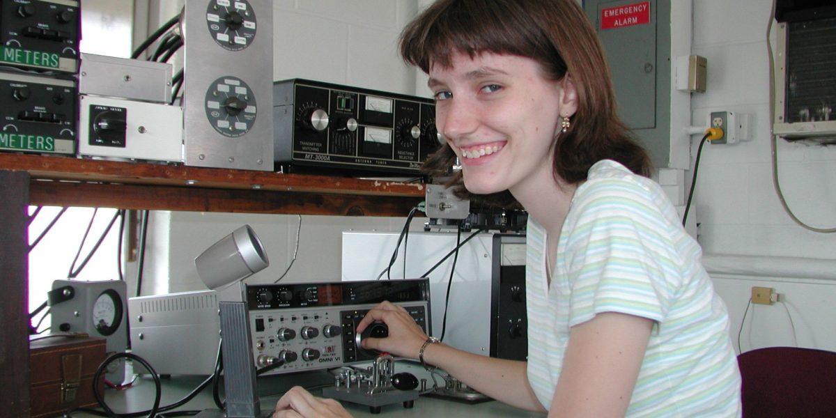 Radio Amateurs 100