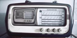 Meta-Radio - Radio About Radio