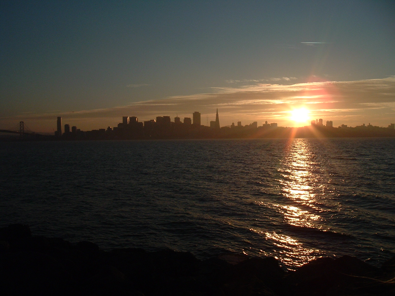 """SF Mayor Asks Radio Stations to Play """"I Left My Heart in"""